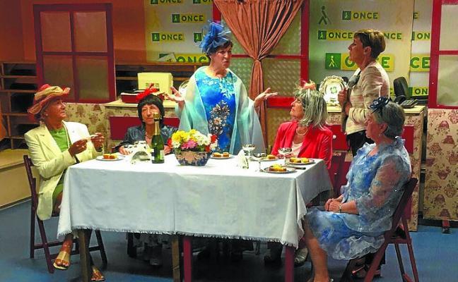 Oroimenak reflexiona con humor sobre la soledad de las personas mayores