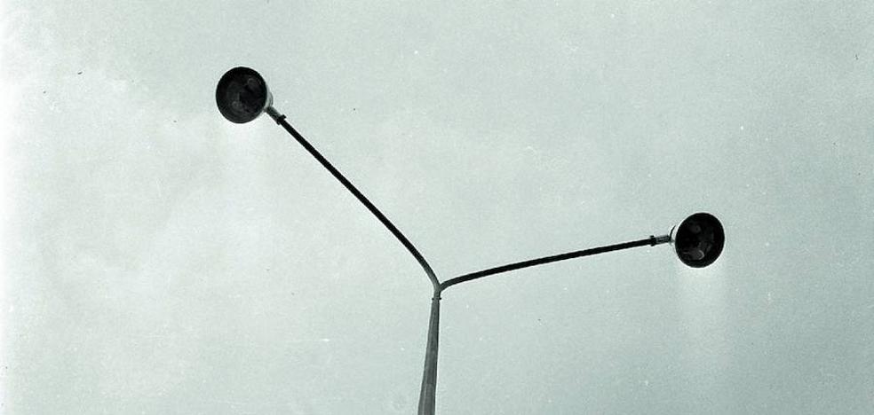 Donostia ha entrado en «la tacañería en el alumbrado»