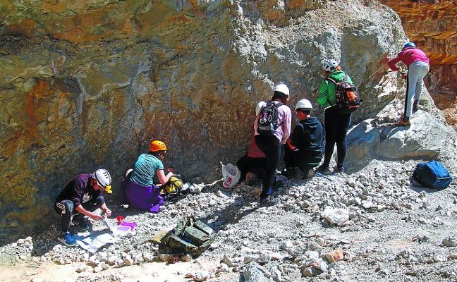 Los Diapiros de Navarra, destino de la excursión mineralógica