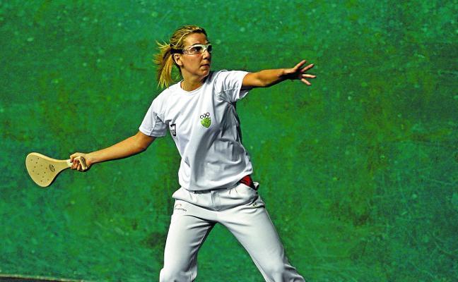 Amaia Irazustabarrena luchará por el Mundial de paleta goma