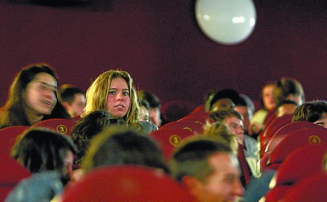 Ozzinema regresa con la proyección de 'Matar a Dios'