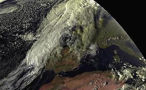 La tormenta tropical 'Leslie' atraviesa España tras causar destrozos en Portugal