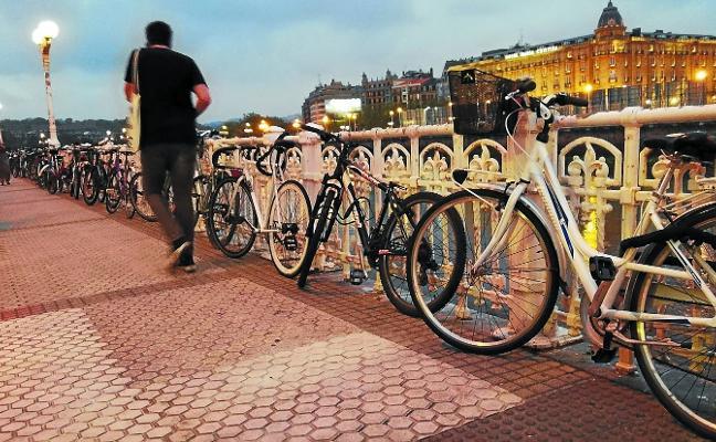Las bicicletas reclaman su espacio
