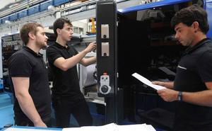 La falta de perfiles técnicos revoluciona el mercado laboral vasco