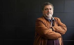 Eguiguren desvela que Zapatero planteó indultar a presos de ETA para amarrar el fin de la banda