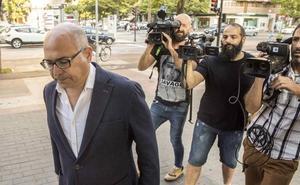 «Varios acusados» del 'caso De Miguel' asumirán que fueron parte de una trama organizada, dice el fiscal