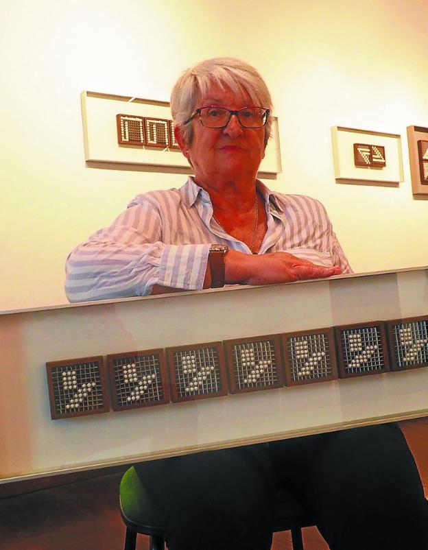 Mertxe Sueskun: «Puedes conseguir una obra de arte a partir de un objeto humilde»