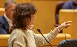 El Gobierno da el primer paso para recurrir la resolución del Parlament contra Felipe VI