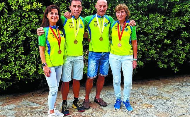 Agustín Urretabizkaia y Pepelu Madina, campeones de España de Marcha Nórdica