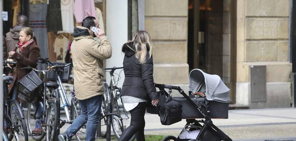 La Hacienda de Gipuzkoa lanza el formulario para la devolución del IRPF de las prestaciones de maternidad
