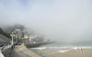La niebla se 'come' Gipuzkoa