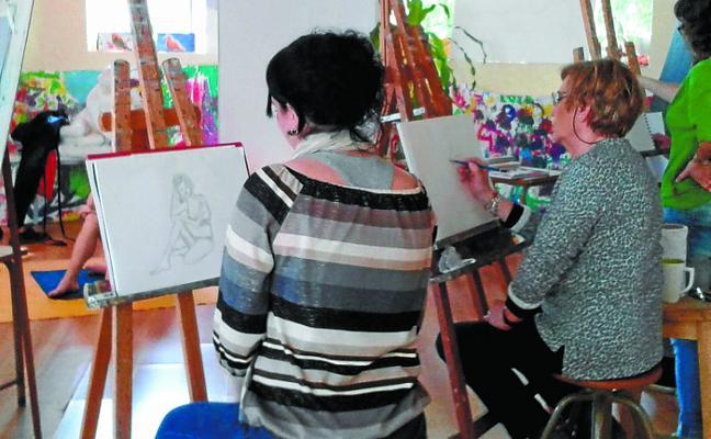 La Academia municipal de dibujo y pintura abre el plazo de inscripción