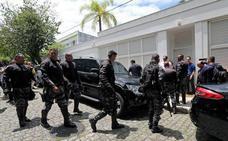 Bolsonaro navega en un mar de contradicciones