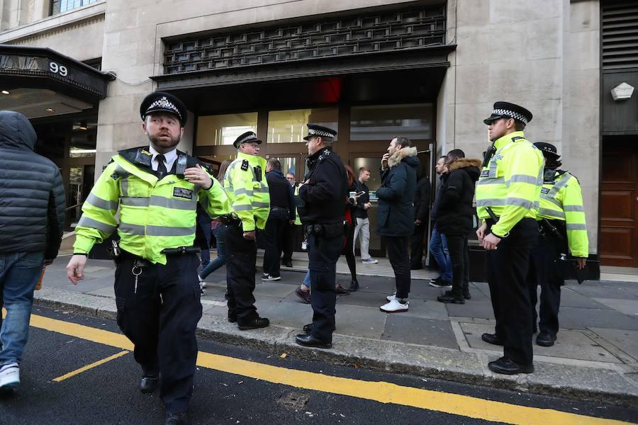 Heridos a puñaladas dos trabajadores en la sede de Sony en Londres