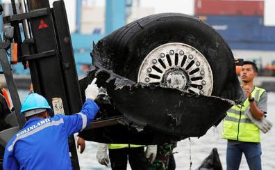 El avión que se estrelló en Indonesia tenía dañado el indicador de velocidad aerodinámica en los últimos cuatro vuelos