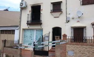 Un padre y su hijo fallecen en el incendio de una vivienda en Málaga