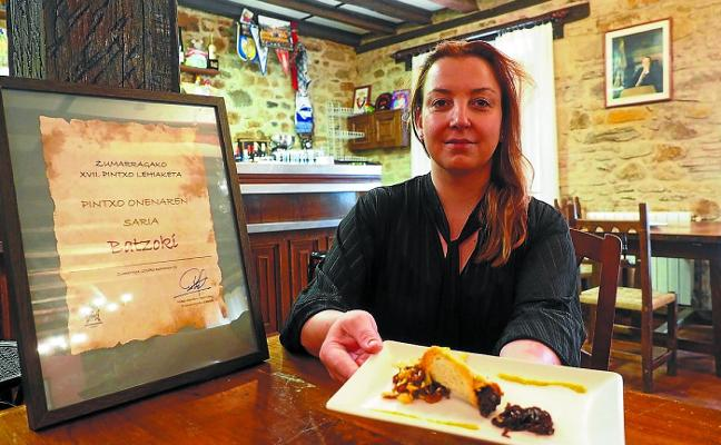 El 'Canutillo de buzkantza con dos salsas' del Batzoki es el mejor pintxo