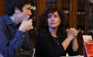 'Goseak janak' poemariora isuri du Idurre Eskisabelek bere «bizitza paraleloa»