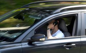 La nueva arma de la DGT para controlar el uso del móvil al volante