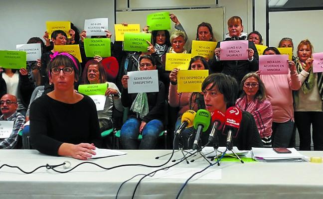 El servicio de limpieza de locales municipales termina la huelga tras un acuerdo en minoría