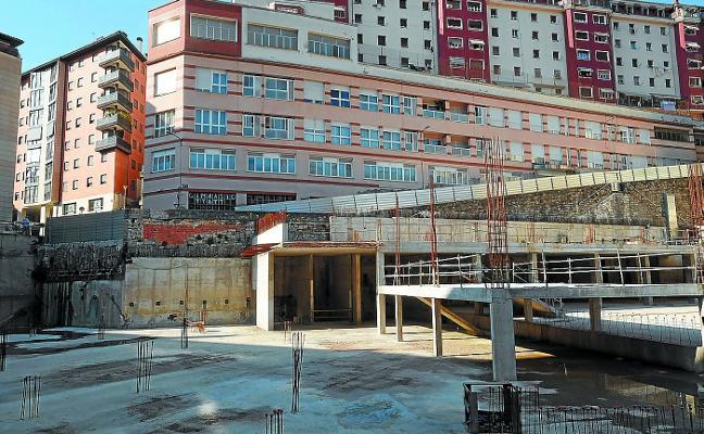 El PSE descarta una nueva Plaza del Mercado «para evitar competencia al comercio privado»