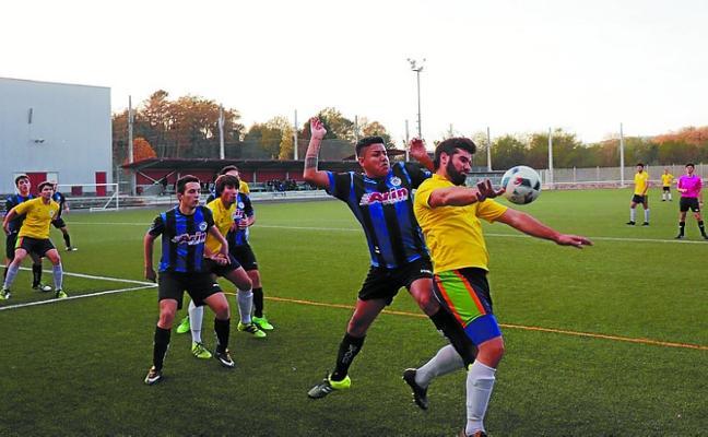 Primera victoria del Ostadar de Primera Regional ante el Axular