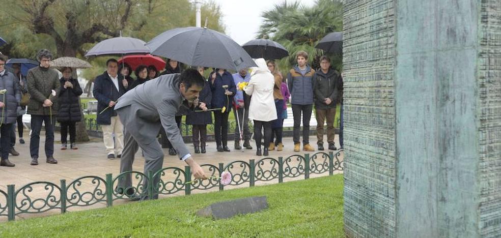 Tres víctimas de ETA, una de abusos policiales y otra de los GAL intervendrán en Donostia en el Día de la Memoria