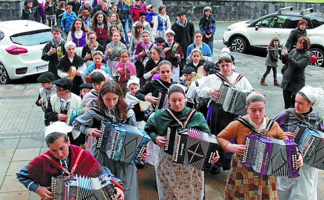 La Euskal Jaia de Ttakun reivindicará la cultura vasca en Okendo y zona Centro