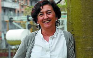 Laura Balagué (Enfermera y escritora): «Como muchas mujeres, estoy habituada a escribir en tiempos cortos»