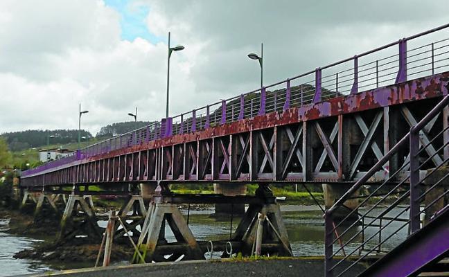 El puente de hierro del Urola permanecerá cerrado desde el lunes hasta el miércoles