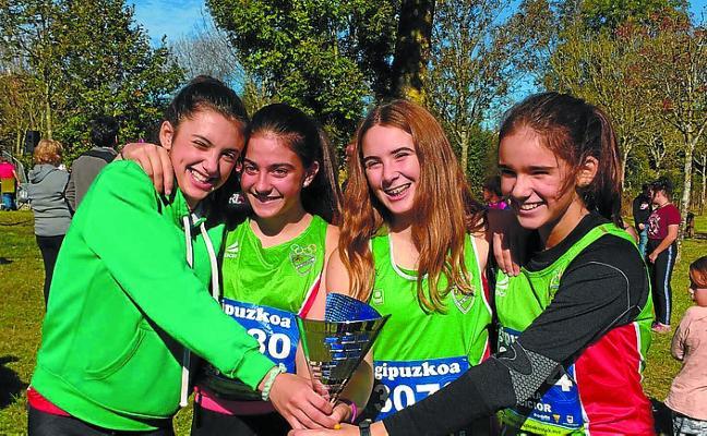 Primer puesto por equipos de las atletas infantiles en el Cross Isidro Unzueta
