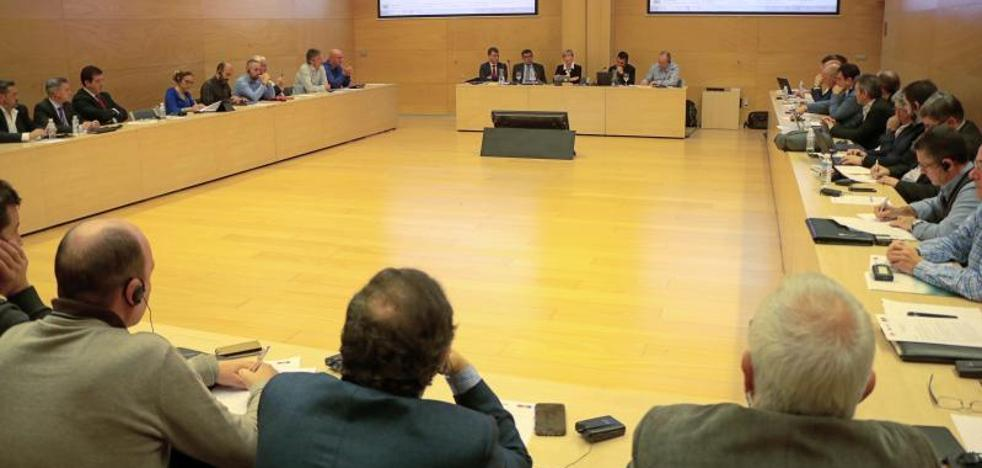 Tapia reclama «un impulso definitivo» al TAV para llegar a 2023
