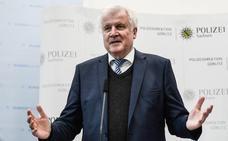 Seehofer renuncia a seguir en la presidencia de la CSU de Baviera