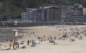 Las playas donostiarras logran tres nuevas banderas Ecoplayas