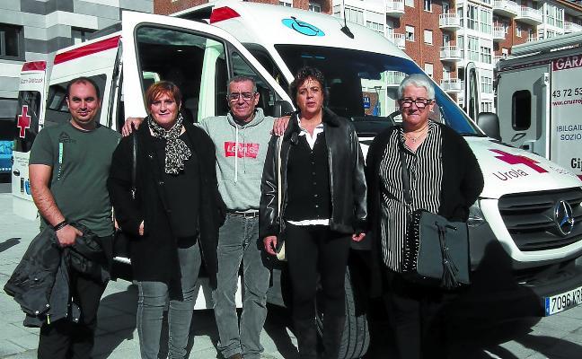 Nueva dotación de vehículos y sede de oficinas renovada para la Cruz Roja
