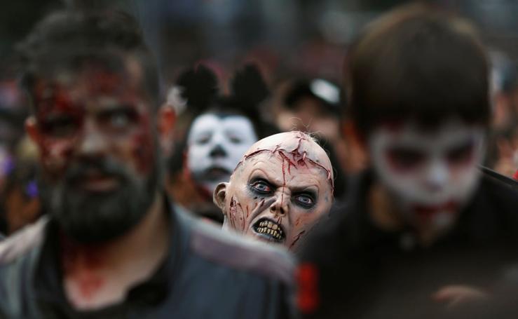 Caminata anual de zombies en Mexico