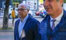 La Fiscalía pide 30 años de cárcel para Alfredo de Miguel