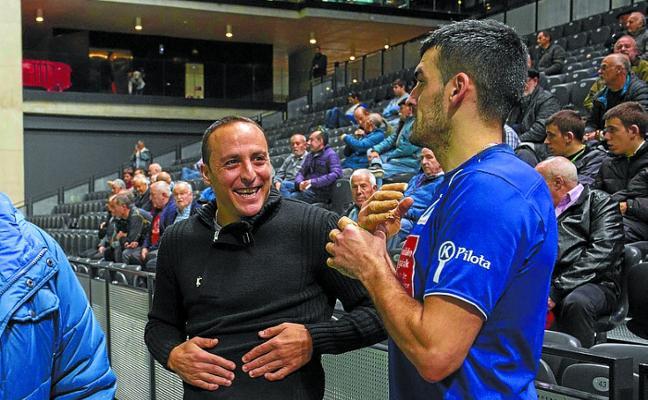Martínez de Irujo: «Me gustaría que ganara Joseba, pero si lo hace Jokin también me alegraré por él»