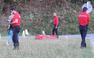 Localizan el cadáver de un buceador en la playa vizcaína de Armintza