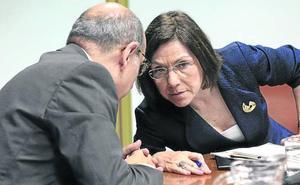 Oposición y sindicatos piden el «cese» de Darpón y consideran que la situación es «insostenible»