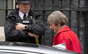 May ratifica que Reino Unido dejará la UE a partir de marzo con «plena integridad»
