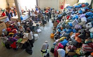 Zaporeak, desbordado tras la recogida de ropa para los refugiados en Grecia