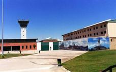 El Gobierno ralentiza los acercamientos de presos de ETA para evitar desgaste electoral