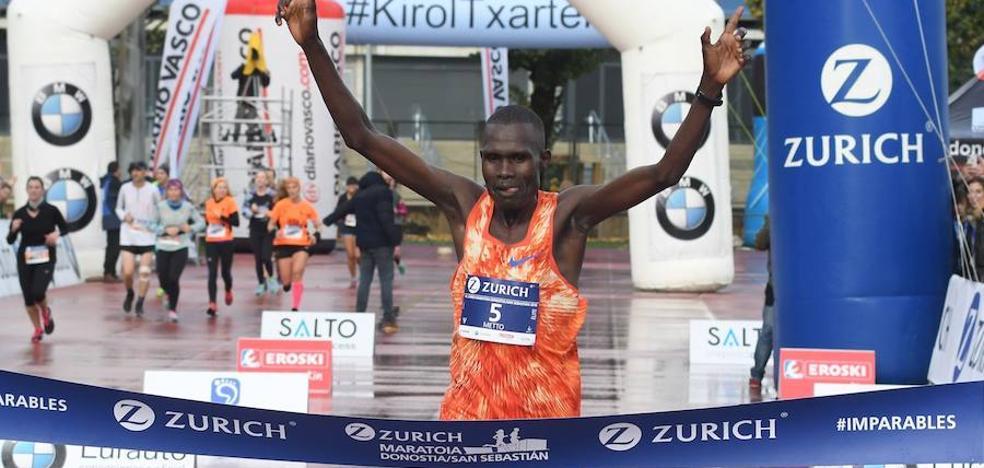 África domina la carrera con buenos registros