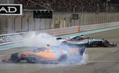 Hamilton conquista Abu Dabi; Alonso, la eternidad