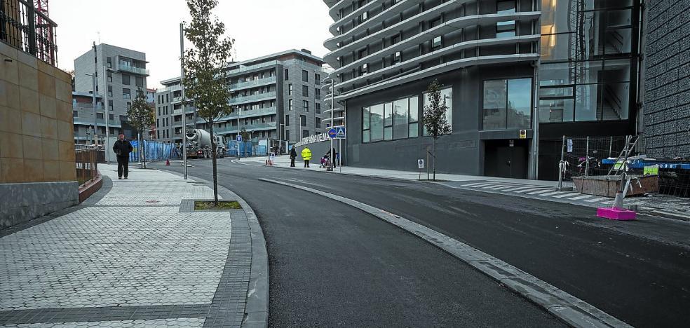 Se abre hoy al tráfico la nueva calle Lizarra para subir a Aiete