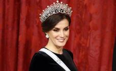 Letizia 'estrena' otra tiara de reina