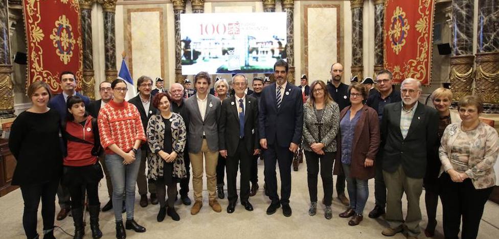 Donostia entrega su 'mayor honor' a Eusko Ikaskuntza