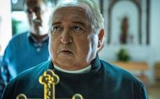 Fernando Esteso regresa con sotana al cine en una cinta de terror rural
