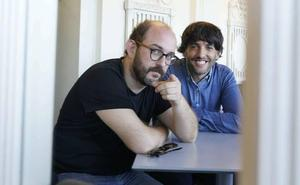 Borja Cobeaga y Diego San José: «Nos tranquiliza que 'Superlópez' funcione muy bien sin ser vasco»